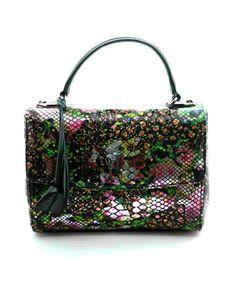 Découvrez le nouveau sac à main Luxembourg et son motif floral   #Hayariparis #discover #frenchbrand #luxurybrand #madeinfrance