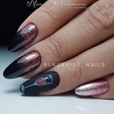 In look for some nail styles and ideas for your nails? Here is our list of must-try coffin acrylic nails for fashionable women. Xmas Nails, New Year's Nails, Holiday Nails, Halloween Nails, Christmas Nails, Holiday Makeup, Christmas Makeup, Manicure Nail Designs, Nail Manicure