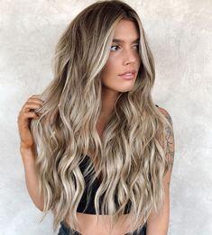 Dyed Blonde Hair, Blonde Hair Looks, Balayage Hair Blonde, Brown Blonde Hair, Brunette Hair, Blonde Highlights, Bronde Balayage, Balayage Color, Sandy Blonde