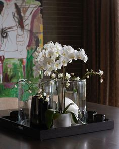 Flowers - Projects — Christian's & Hennie www. Interior Work, Interior Design Studio, Coffee Table Styling, Modern Spaces, Home Deco, Flower Arrangements, Table Decorations, House Styles, Projects