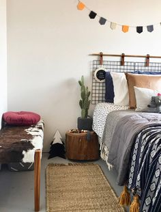 20 of the coolest Kmart hacks EVER! Kids room Kmart hacks, how to make a stylish… 20 of the coolest Kmart hacks EVER! Kids room Kmart hacks, how to make a stylish kids room for less, cowhide bench seat Living Room Decor, Bedroom Decor, Bedroom Ideas, Bedroom Inspo, Bedroom Furniture, Cowhide Bench, Kmart Decor, Little Girl Rooms, Home