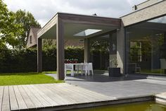 bogarden voorbeeld overkapping terras met lichtkoepel