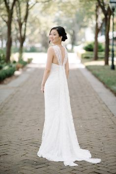 Love the back on this stunning Monique Lhuillier wedding dress! moniquelhuillier.com | Photography: Sean Money + Elizabeth Fay - seanmoney-elizabethfay.com  Read More: http://www.stylemepretty.com/2014/05/29/elegant-lowndes-grove-plantation-wedding/