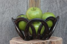 horse shoe bowl center piece by corinnedover on Etsy, $40.00