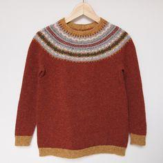 lizzystewartillustration:  juliabe:  My latest hand knit sweater (via Juliabe: Ansó)  Dream jumper.