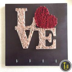 "Porta llaves ""love"" https://www.facebook.com/LaHileria #lahileria #hileria #string art #hilorama #love #amor #heart #corazon #llaves #key holder #home #hogar #casa #decoracion #decoration #wedding #present #gift #regalo #original"