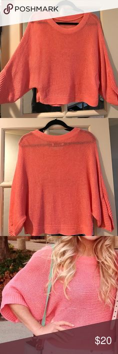 Old Navy coral knit sweater Coral loose knit dolman sleeve cropped sweater Old Navy Sweaters Crew & Scoop Necks