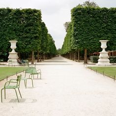 Tuileries Garden (Jardin des Tuileries), Paris, France - located between the Louvre and Place de la Concorde Tuileries Paris, Jardin Des Tuileries, Paris Travel, France Travel, Paris France, Places To Travel, Places To See, Image Paris, Parks