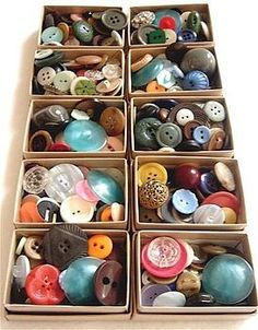 vintage buttons - oh! lots of crafty projects! Vintage Love, Retro Vintage, Vintage Items, Button Art, Button Crafts, Sewing A Button, Sewing Notions, Vintage Buttons, Vintage Sewing