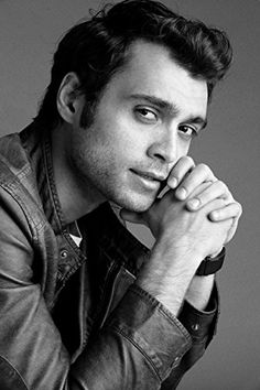 Hakan Kurtas Whatsapp Dp, Turkish Actors, Light Photography, Actors & Actresses, Tv Shows, Handsome, My Love, Film, Boys