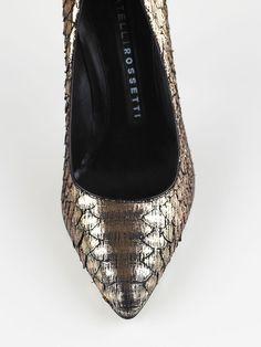 Metallic python pump, kitten heel <3  #FratelliRossetti