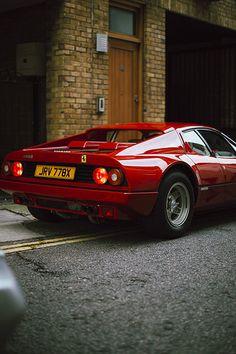 The Daily Ferrari Ferrari World, Ferrari Car, Classic Sports Cars, Classic Cars, Retro Cars, Vintage Cars, Chasing Cars, Courses, Luxury Cars