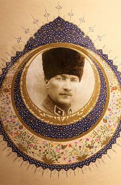 Atatürk portresi ilk kez, geleneksel Türk süsleme sanatçısı Sevil Karabey --- Atatürk's portrait for the first time, the traditional Turkish decorative artist Sevil Karabey
