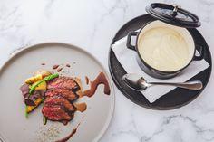 スイーツだけでなく、お肉料理は、US プライムビーフのロティ/鳥取県産大山鶏のロースト/特選和牛サーロインの藁焼きの中から1種類をお選び頂けます。 Panna Cotta, Ethnic Recipes, Food, Dulce De Leche, Essen, Meals, Yemek, Eten