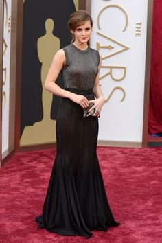 Love this understated gray and black on Emma Watson at the 2014 Oscars.
