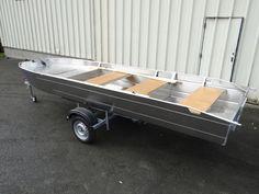 Лодка с плоским дном - Лёгкая алюминиевая лодка - Сварная алюминиевая лодка - Рыбацкие лодки - Ля Мальтьер это кустарная французская фабрика по производству спаянных рыбацких лодок и суден из алюминия. Каждая лодка может адаптироваться по запросу клиента.