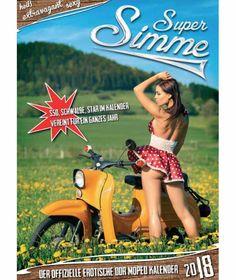 Erotik-Kalender für 2018 - ZweitAKT-Fotografie - Neuheiten - Bild.de Simson Moped, Tiguan R, 70s Inspired Fashion, Best Movie Posters, Scooter Girl, Vespa Scooters, Hot Shorts, Mini Bike, Cinema