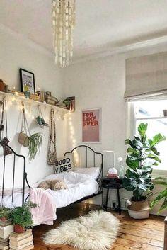 Inspiring Teen Bedroom Ideas You Will Love ★ See more: http://glaminati.com/teen-bedroom-ideas/