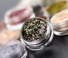 How to Use Pigments – Makeup Geek