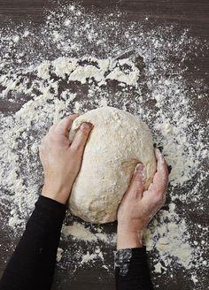 3 luottoreseptiä niin artesaanileivän ystävälle kuin pikaleipojalle | Me Naiset Rolls, Buns, Bread, Food, Brot, Essen, Bread Rolls, Baking, Meals