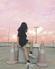 Save = fl _ Chùa cl á :v Style Ulzzang, Ulzzang Korean Girl, Cute Korean Girl, Asian Girl, Korean Aesthetic, Aesthetic Photo, Aesthetic Girl, Swag Girl Style, Girl Swag