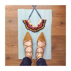 Ready for my #shoesdaytuesday with the 🌺ÁNADE🌺 necklace 🤗  #beuniquebedifferent  WWW.SUSANAESPIAUBA.COM  #susanaespiauba #susanaespiaubanecklaces #statementjewelry #statementnecklace #jewelry #necklace #collar #maxicollar #anadenecklace #anade #unique #limitededition #onlytenofeach #fellfreetobeyourself #happy #handmade #handmadeinspain #hollywood #hollywoodcollection #handmadewithlove #instacool #instamood #susanaespiaubashoesdaytuesday