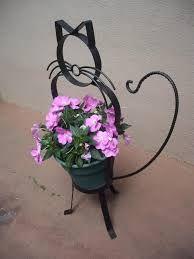 Garden planter in cat theme