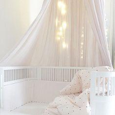 • amazing mornings • • by @claudiamie • #kidsroom#kinderzimmer#kinderkamer#barnerom#barnrum#barnrumsinredning#barnrumsinspo#kiiidsinspiration#jungzimmer#børneværelse#babyzimmer#nusery#kids#kidsingram#childsroom#inspiration#nordic#style#inspration123#interior4all#color#blog#design#inspo#monochrome#love#blog#blogger#nordickidsliving