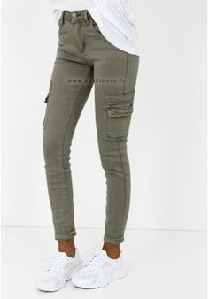 Pantalon kaki avec poches - Outfitbook