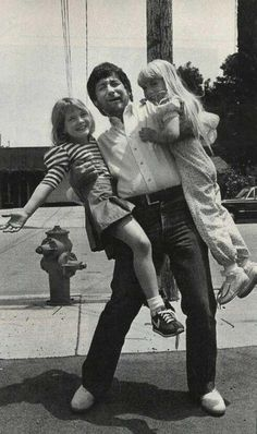 Drew Barrymore, Steven Spielberg and Heather O'Rourke 1982 between filming E.T. and Poltergeist