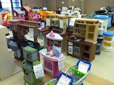2014 Fall KID MANIA Hall 4 - Kitchens and Large Toys.  www.KidManiaSale.com