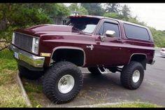 Ford Pickup Trucks, Gm Trucks, Cool Trucks, Chevy Trucks, Chevy Blazer K5, K5 Blazer, Chevy 4x4, Square Body, Bee Keeping