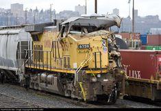 Net Photo: UP 6759 Union Pacific GE at Tacoma, Washington by Steve Carter Union Pacific Train, Union Pacific Railroad, Locomotive Engine, Railroad Pictures, Rail Car, Electric Train, Old Trains, Train Engines, Tacoma Washington