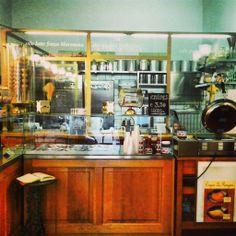 La nostra gelateria! Le Parigine, via dei Servi 41R, Firenze Our ice cream shop! Le Parigine, Via dei Servi 41R, Florence http://www.leparigine.it/