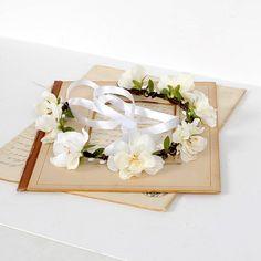 Hey, I found this really awesome Etsy listing at https://www.etsy.com/au/listing/490605639/flower-headband-wedding-hair-piece