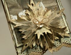 Anne's paper fun: Vintage Christmas tag... - love this snowflake rosette star-like embellishment