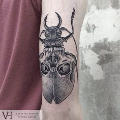 Look at all of the nice flowers…. oh wait, is that a skull? #inked #inkedmag #tattoo #ink #skull #bug #beetle #art #idea