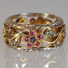 Flower & Leaves Ring Diamonds, Tanzanite, Pink Sapphire Wide Wedding Band Engraved details White and Yellow Gold Customizable Wide Wedding Bands, Wedding Rings, Saphir Rose, Wedding Band Engraving, Pochacco, Flower Band, Leaf Ring, Style Vintage, Vintage Rings