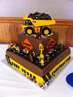 Troys 3rd birthday cake Construction party theme followpicsco