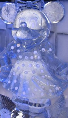 Minnie Mouse Ice Sculpture