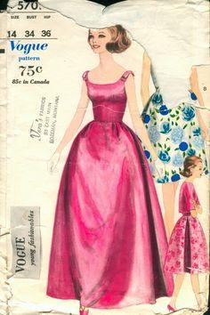 Vogue 5701 size 9 Bust 30.5, Hip 32.5