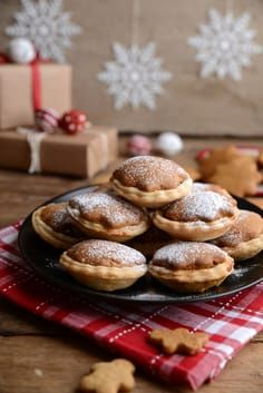 Fruit Mince Pies topped with Gingerbread Stars | Waffle & Whsk