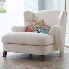 Oversized Reading Chair Furniture Love Sillas De Lectura pertaining to measurements 1200 X 1200 White Comfy Chairs For Bedroom - Most little girls love Oversized Reading Chair, Comfy Reading Chair, Big Comfy Chair, Reading Chairs, Oversized Chair, Cozy Chair, Chair Cushions, Chair Fabric, Big Chair