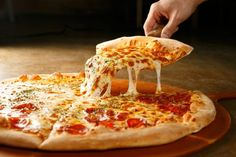 """Many People Are Loves Pizza , And Most is """" 100 acres of it that we eat every day here in the United States """". That's 3 billion pizzas. Pizza Restaurant, Kfc, Pizza Legal, Peter Piper Pizza, Restaurants For Birthdays, Comida Pizza, National Pizza, Cornflakes, Pizza Joint"""