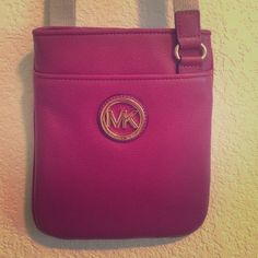 Michael Kors cross body purse Maroon/Pink cross body Michael Kors purse new used once! NO TRADE Michael Kors Bags Crossbody Bags
