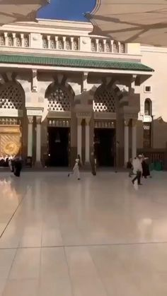 Masjid Haram, Al Masjid An Nabawi, Mecca Madinah, Mecca Masjid, Best Islamic Images, Islamic Videos, Beautiful Names Of Allah, Beautiful Islamic Quotes, Images Jumma Mubarak