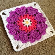 Transcendent Crochet a Solid Granny Square Ideas. Inconceivable Crochet a Solid Granny Square Ideas. Crochet Squares Afghan, Crochet Motifs, Granny Square Crochet Pattern, Crochet Blocks, Crochet Afghans, Crochet Granny, Crochet Stitches, Free Crochet, Knit Crochet