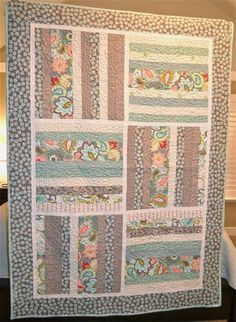 Bright and Cheery Fat Quarter Crib Quilt | FaveQuilts.com