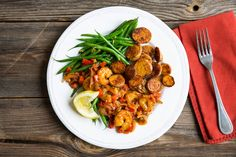 Photo for the dish: Garnalen in pittige cajunsaus met bonen en knapperige krieltjes