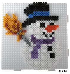 Bügelperlen HAMA - Snowman more Boating Apparel - Funny T-Shirts Funny T-shirts can open up the conv Pearler Bead Patterns, Perler Patterns, Pixel Art Noel, Christmas Ornament Template, Christmas Perler Beads, Origami 3d, Motifs Perler, Hama Beads Design, Peler Beads